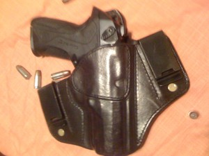 Shown with leather holster, handcrafted by Utah's Eric Larsen. Click on the image to view more of Eric's work.